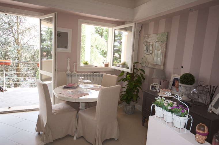 Trave di legno una scelta diversa per rinnovare la casa for Arredamento classico bianco