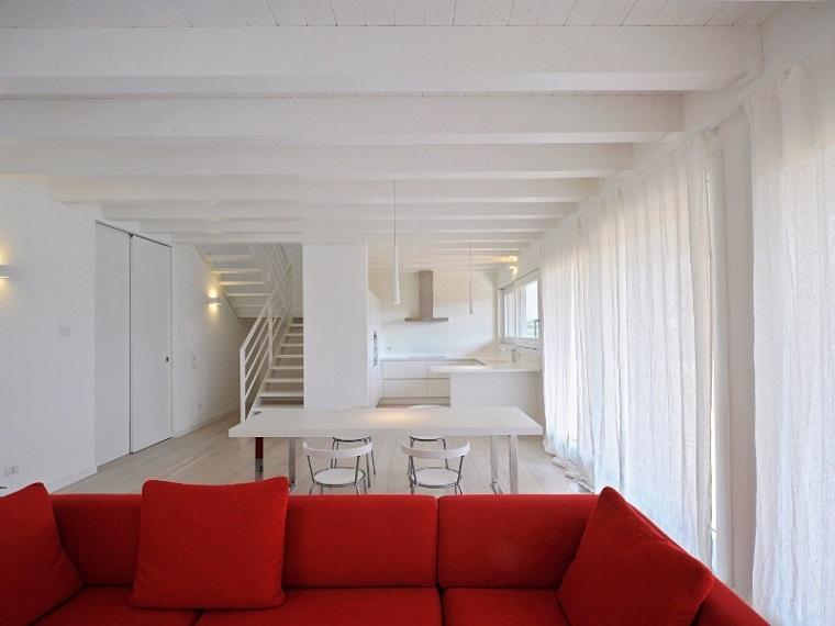 travi di legno bianche classiche design elegante