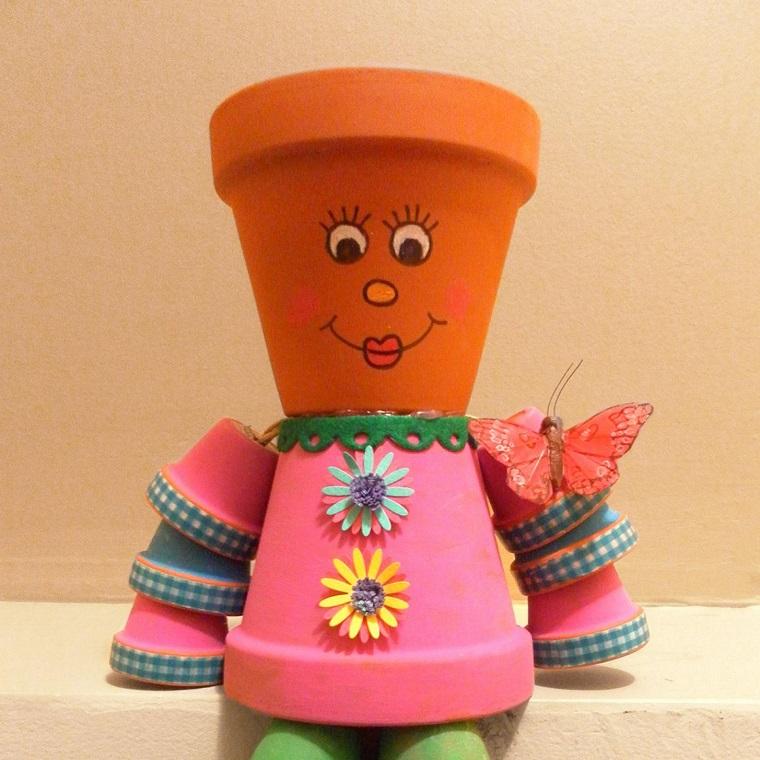 vasi terracotta forma omino colorato