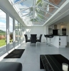 verande-moderne-arredamento-lineare-soffitto-vetrata