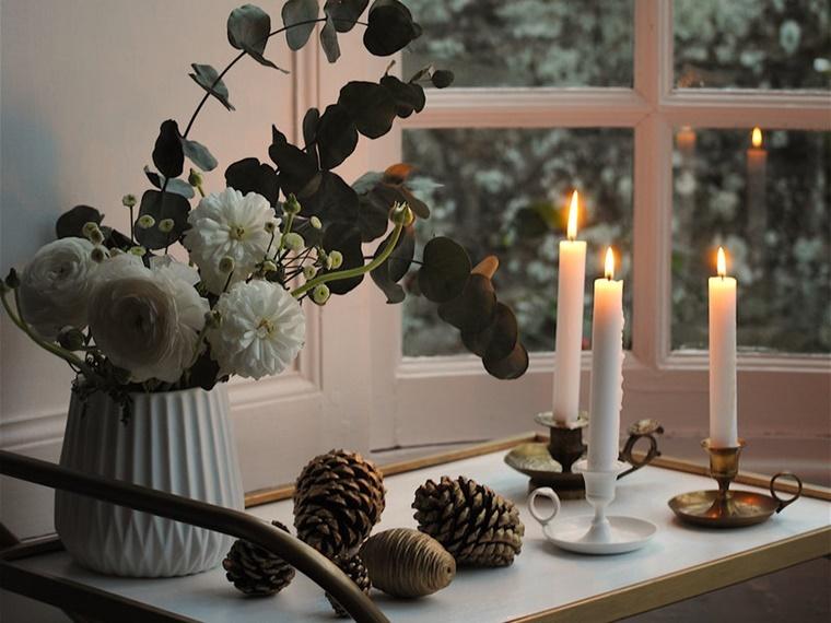 addobbi natalizi candele pigne fiori