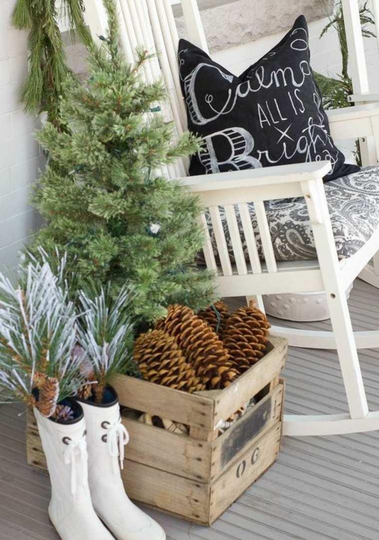 addobbi natalizi per balconi albero abete pigne