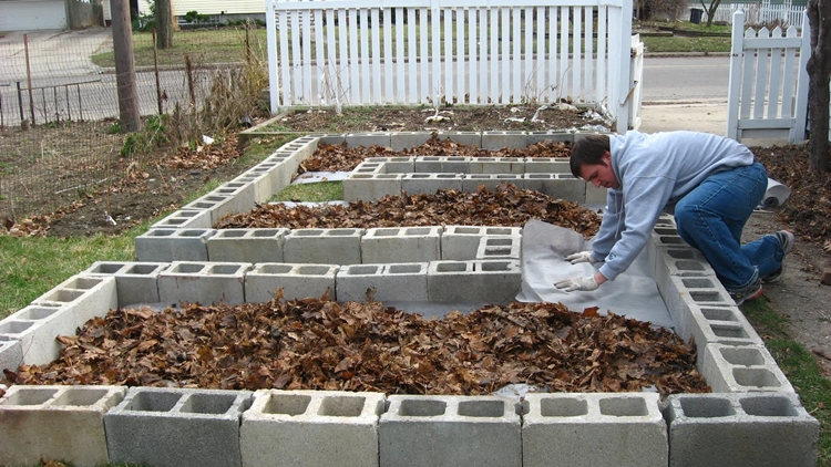 aiuole decorative giardino contemporaneo realizzate blocchi cemento