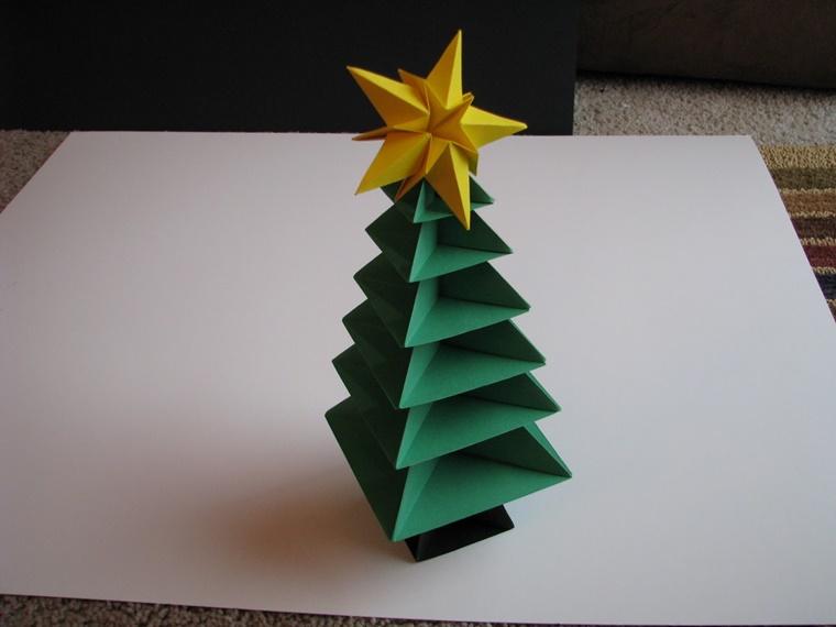 albero di natale origami carta