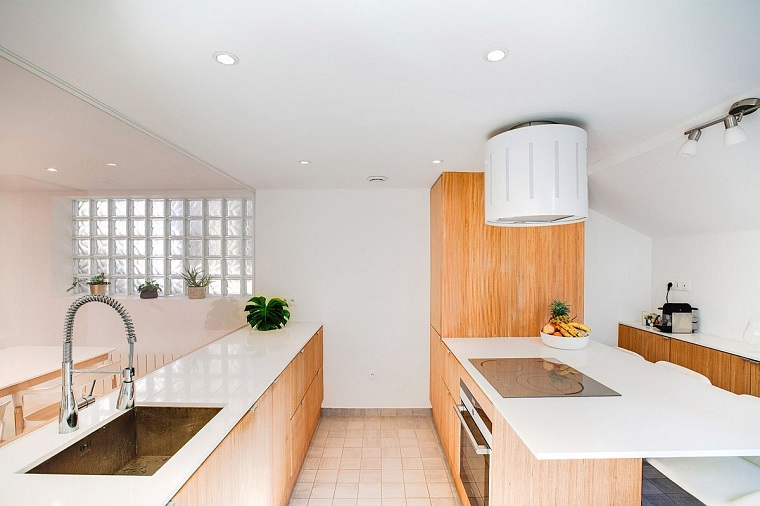 arredamento cucina stile minimalista vetro divisorio