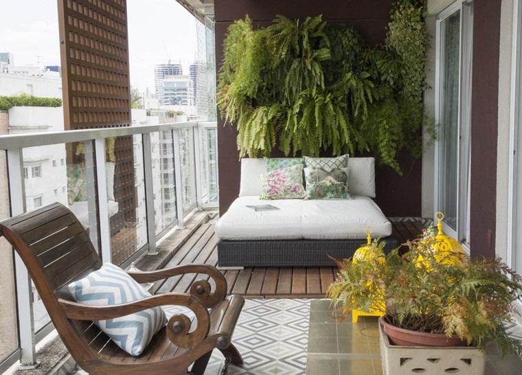 arredo balcone tante idee utilizzando piante cuscini e