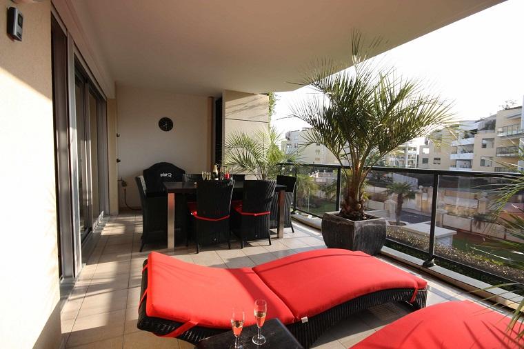 Arredi Per Piccoli Balconi : Arredo balcone trendy arredamento per balconi semplici idee per