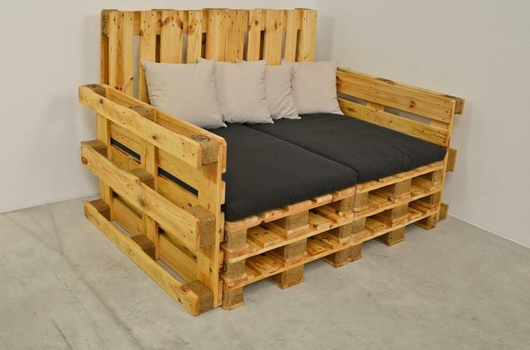Mobili con bancali in legno riciclati idee estrose per la vostra casa - Mobili con legno riciclato ...