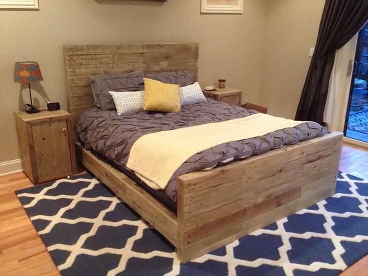 Arredo pallet soluzione a costo zero per decorare e - Costo isolamento acustico camera da letto ...
