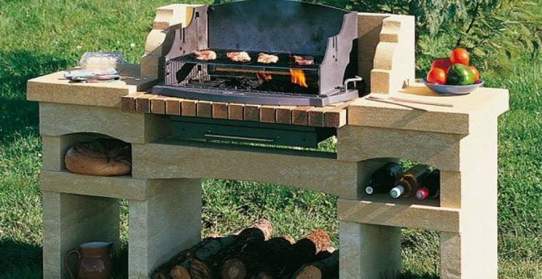 Barbecue con griglia e piano di lavoro, modelli di barbecue in muratura