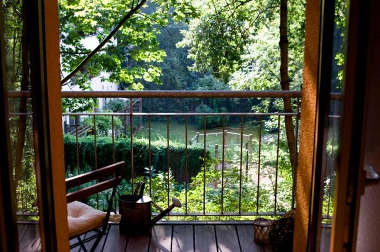 balcone ringhiera in ferro battuto villetta campagna