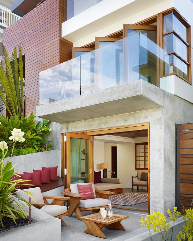balcone stile moderno ringhiera vetro