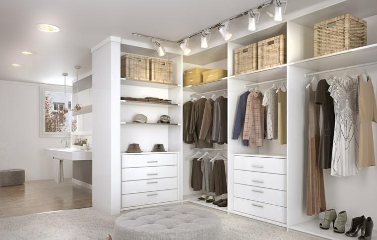 Cabina armadio in camera da letto - il sogno di ogni donna