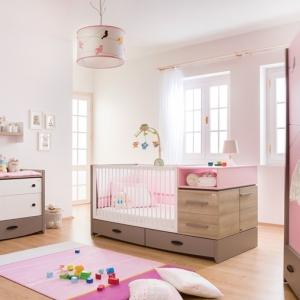 Colori pareti camerette tonalit idee e accostamenti di - Arredamento cameretta neonato ...