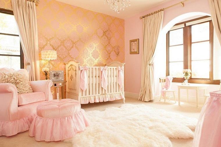 Camerette neonati, tante idee dolci e romantiche per le femminucce