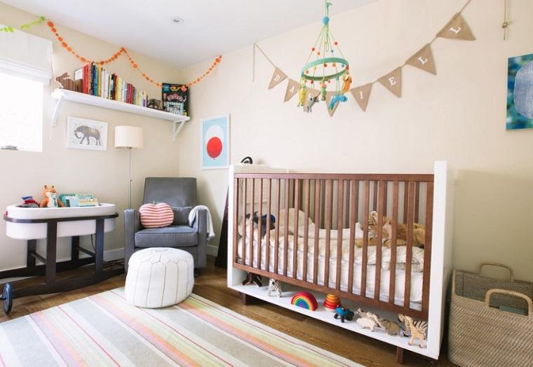 Camerette per neonati tante idee per la decorazione for Decorazioni per camerette neonati