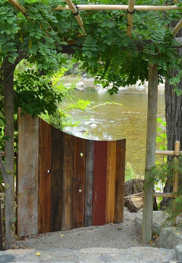 Cancelli in legno da giardino piccoli trucchi di bricolage - Legno per giardino ...
