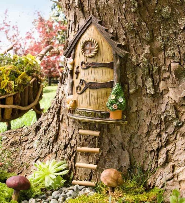 casetta albero ceramica effetto realistico