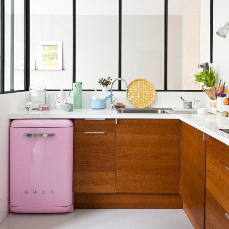Cucine con frigo esterno e tanto altro per una cucina - Soluzioni no piastrelle cucina ...