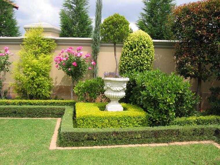 decorazione esterna semplice piante verdi