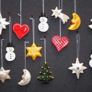 1001 idee per centrotavola natalizi creativi e originali for Albero natale conforama