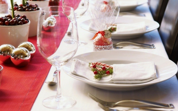 decorazioni di natale stile classico tavolo