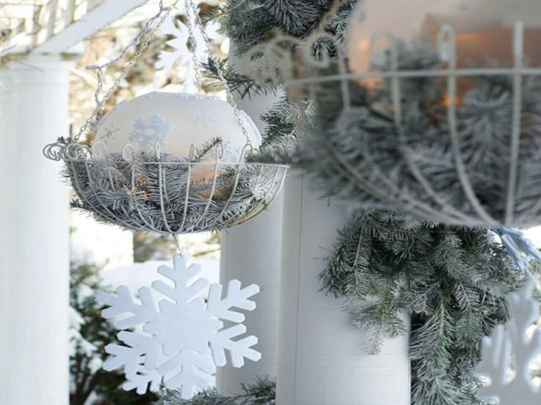 decorazioni natalizie esterna fiocchi neve