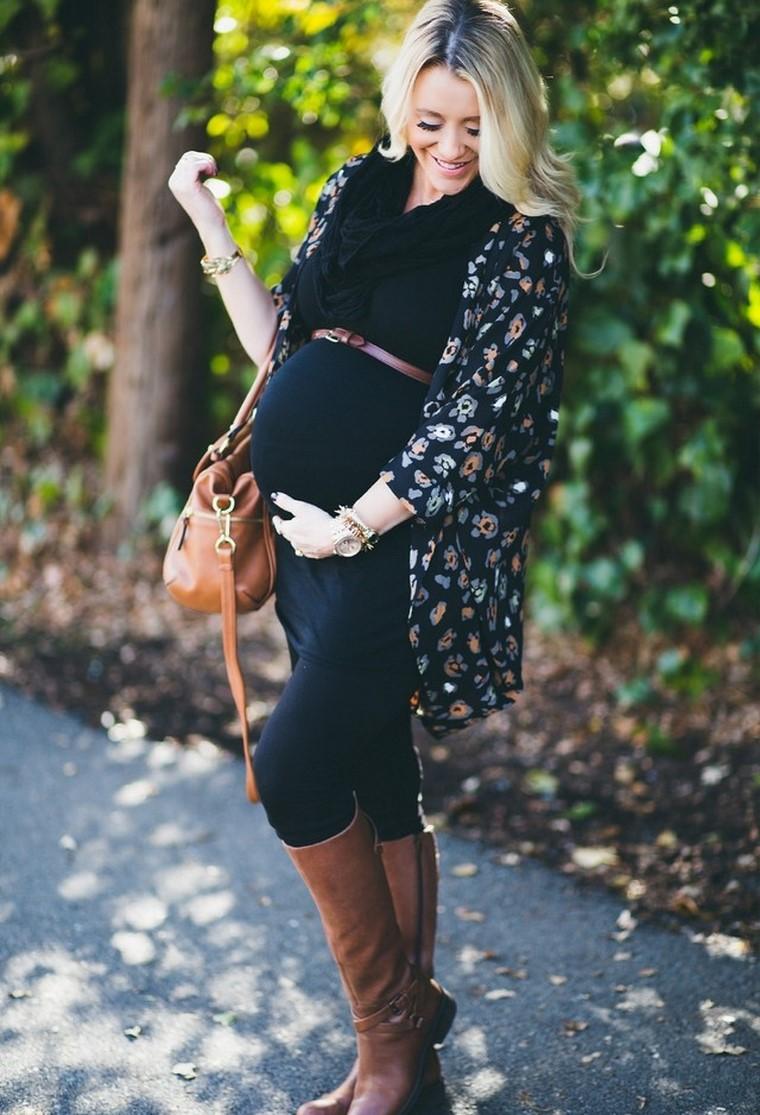 donne incinte vestiti premaman moderne