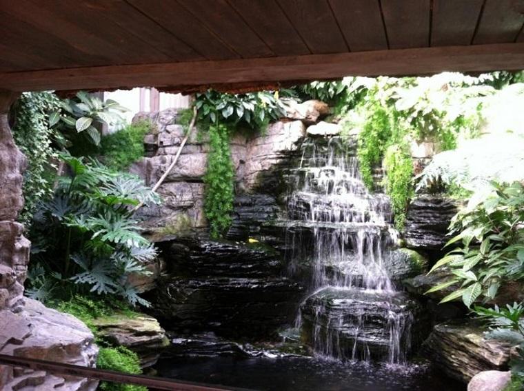 fontana da giardino splendido esempio