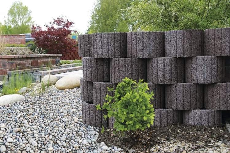 Giardinaggio idee originali per decorare il vostro for Oggetti per abbellire il giardino