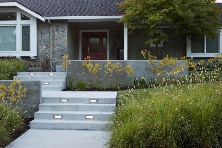 giardino casa scale illuminazione incorporata