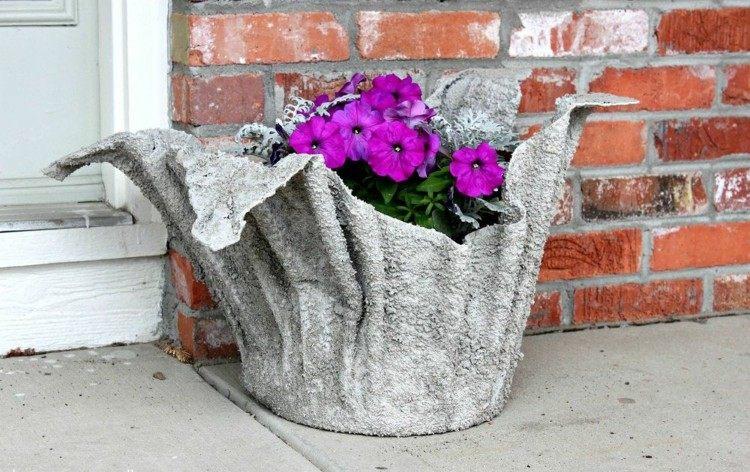 Lampada In Cemento Fai Da Te : Arredamento giardino e decorazioni fai da te in calcestruzzo