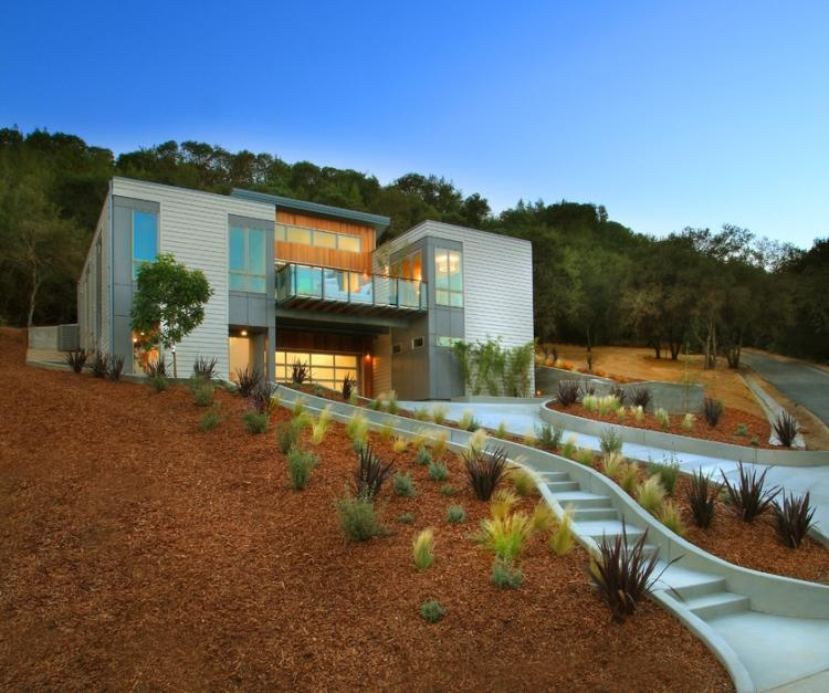 Progettazione giardini in stile minimal tantissimi for Quanto costruire una casa in stile artigiano