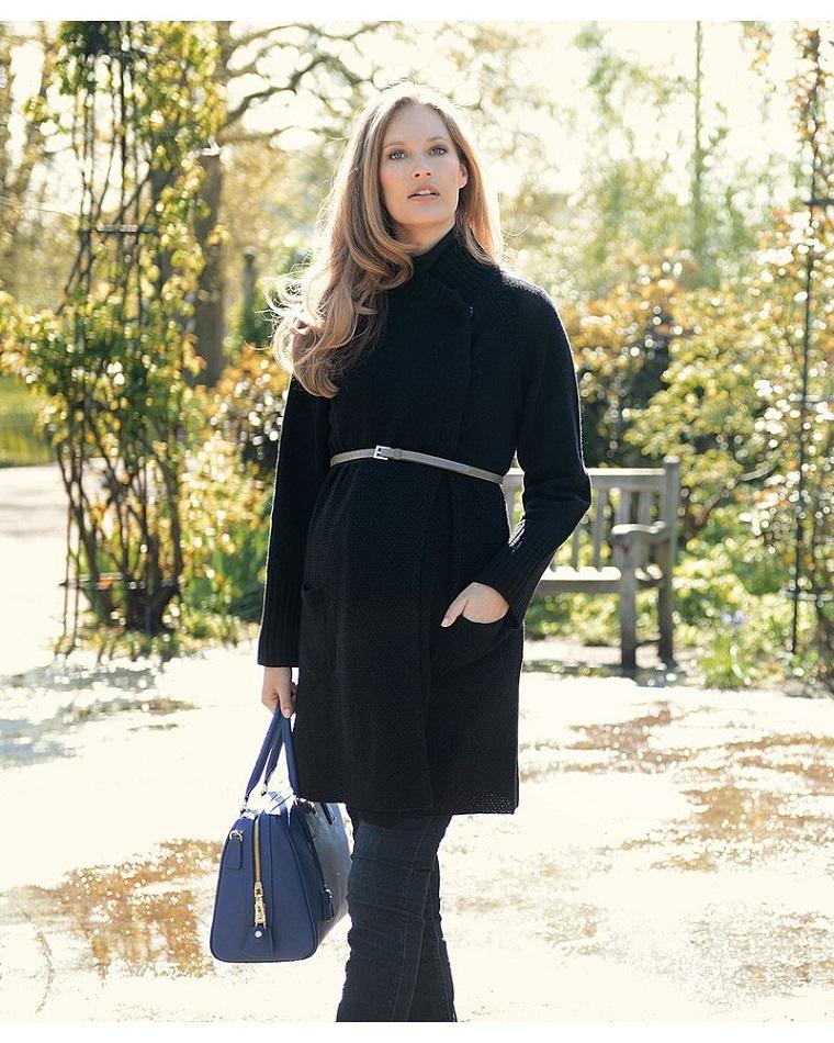 gravidanza donna moderna cappotto nero