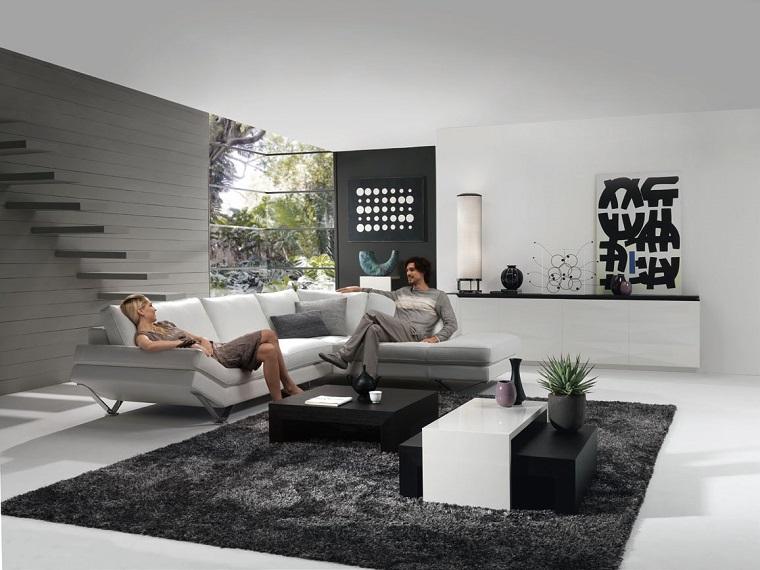 Idee arredo casa in bianco nero e grigio per uno stile for Arredamento grigio
