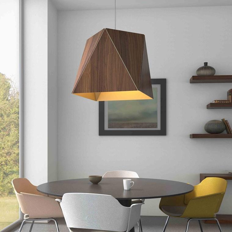 illuminazione moderna lampadario legno eccenti colore giallo