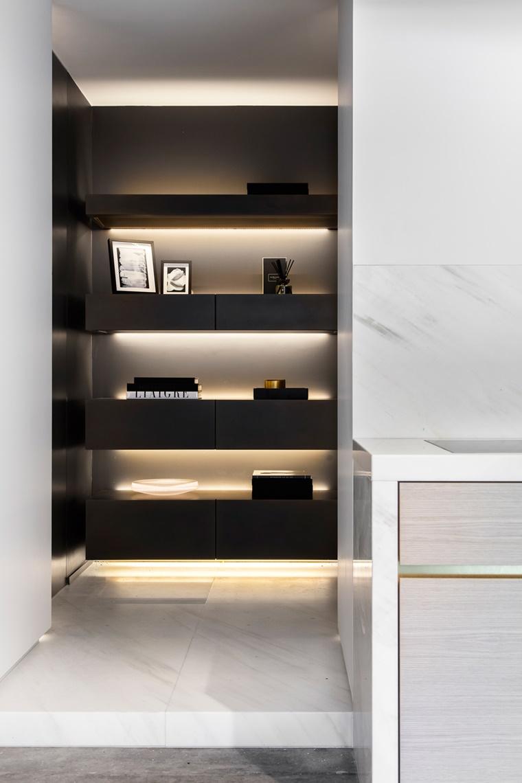 illuminazione moderna led parete soggiorno