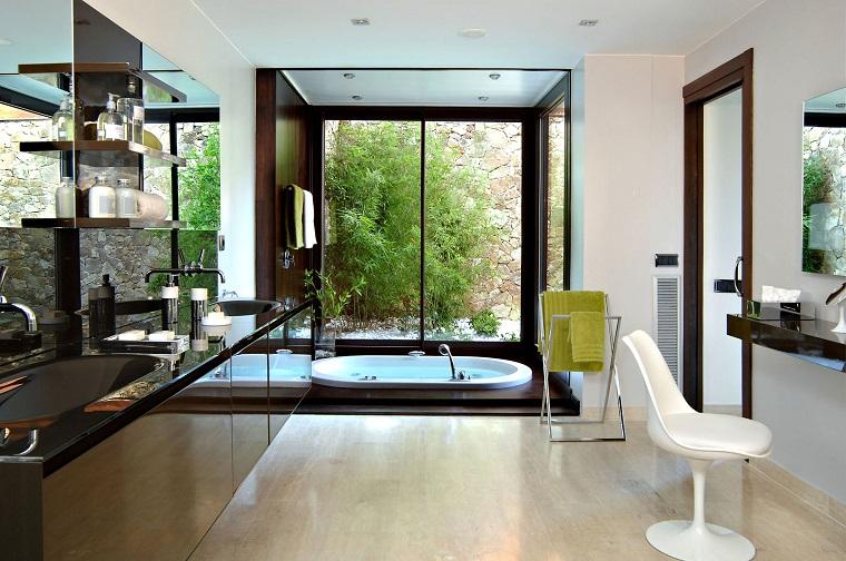 infissi moderni sala bagno avanguardistica