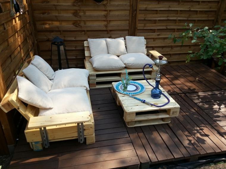 mobili con bancali arredare giardino