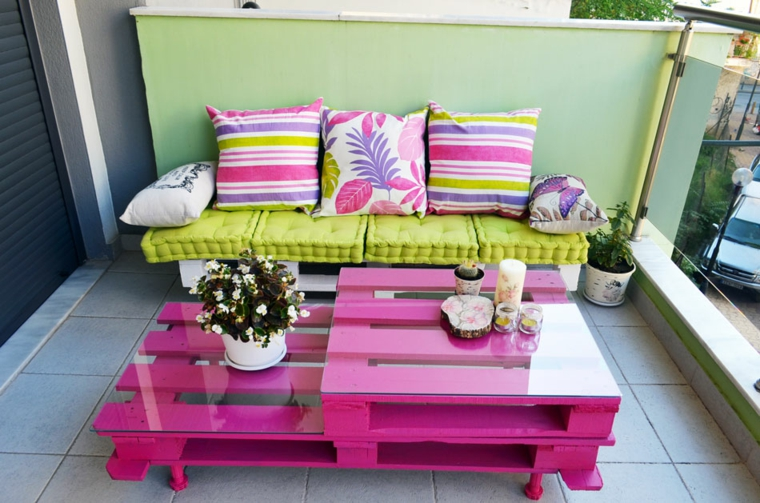 mobili con bancali verniciati balcone