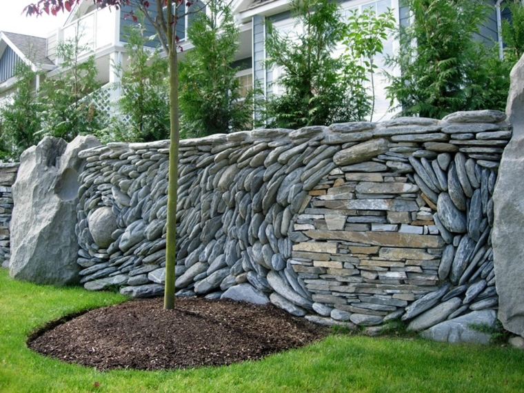 muri contenimento pietra cortile casa