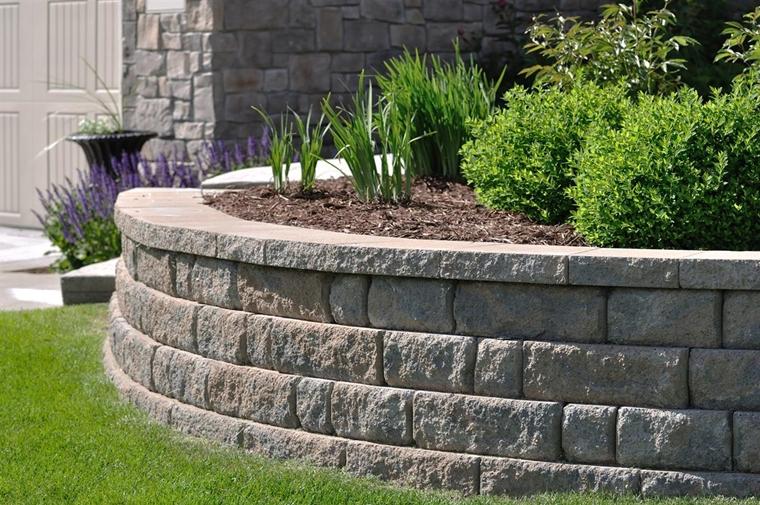 muri di sostegno pietra costruito giardino