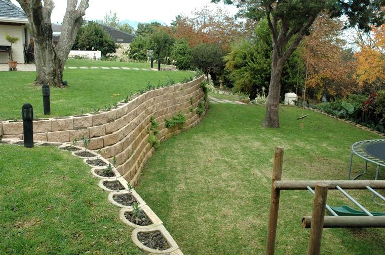 muri di sostegno realizzati blocchi pietra