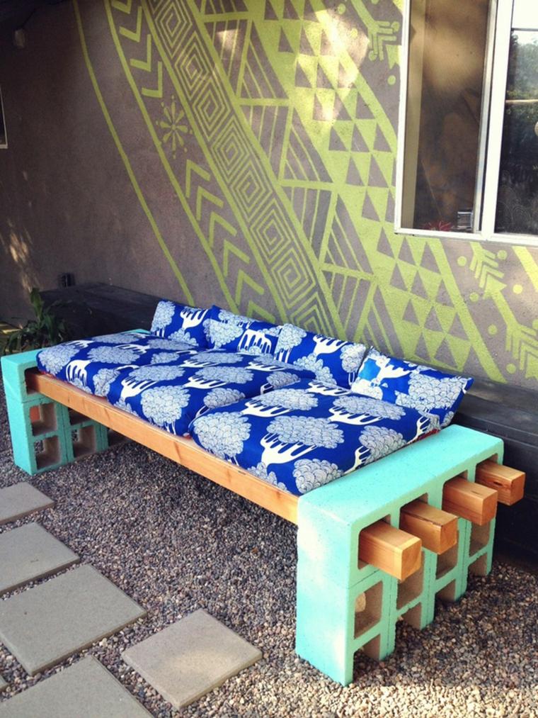 panchina pallet cuscini morbidi giardino