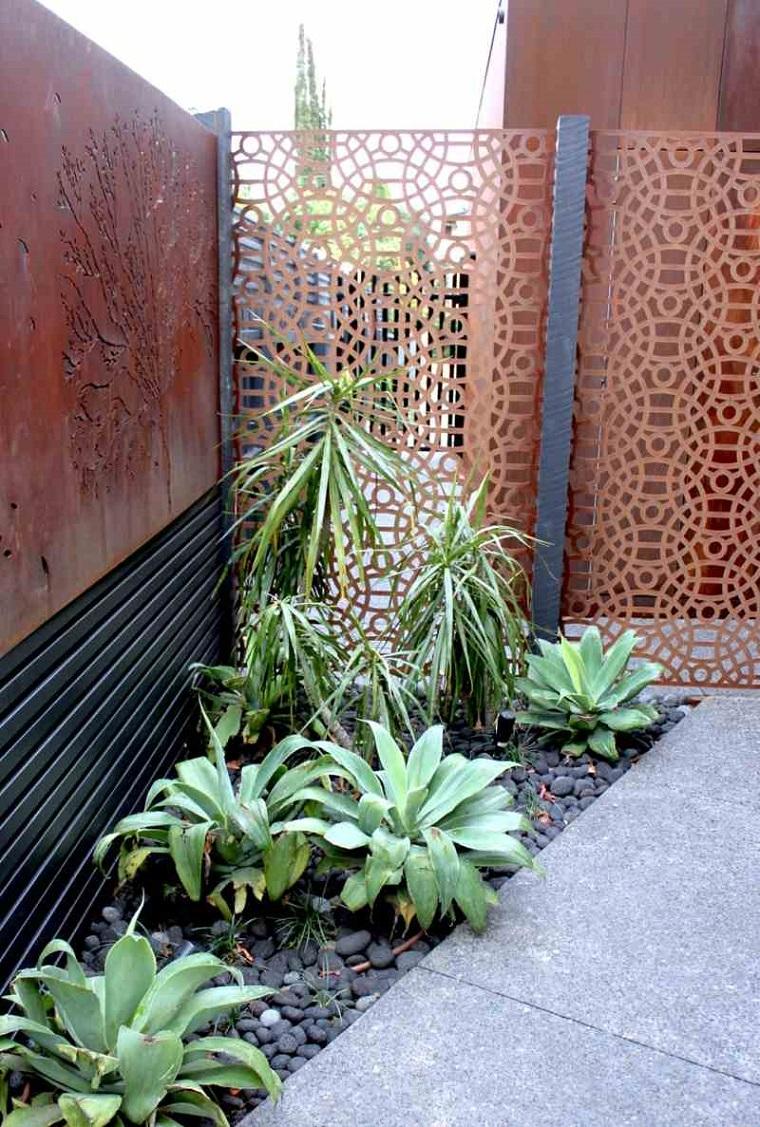 parete divisoria giardino corten decorata