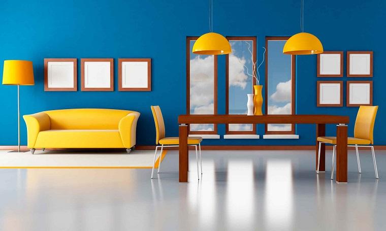 pareti colorate blu accenti giallo