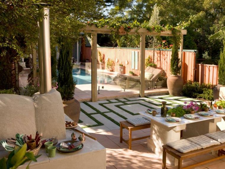 particolare giardino interessante decorato verde