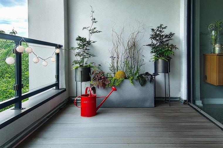 piante per balcone autunnali disposizone minimal