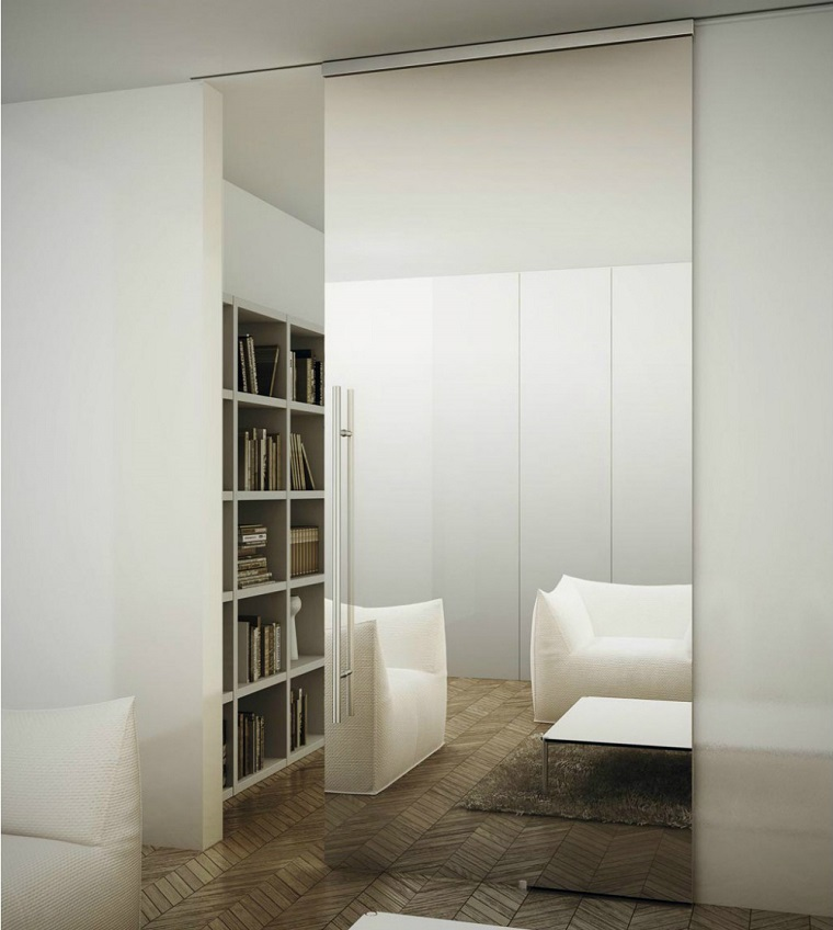 porte interne moderne effetto specchio