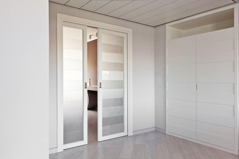 porte per interni colore chiaro